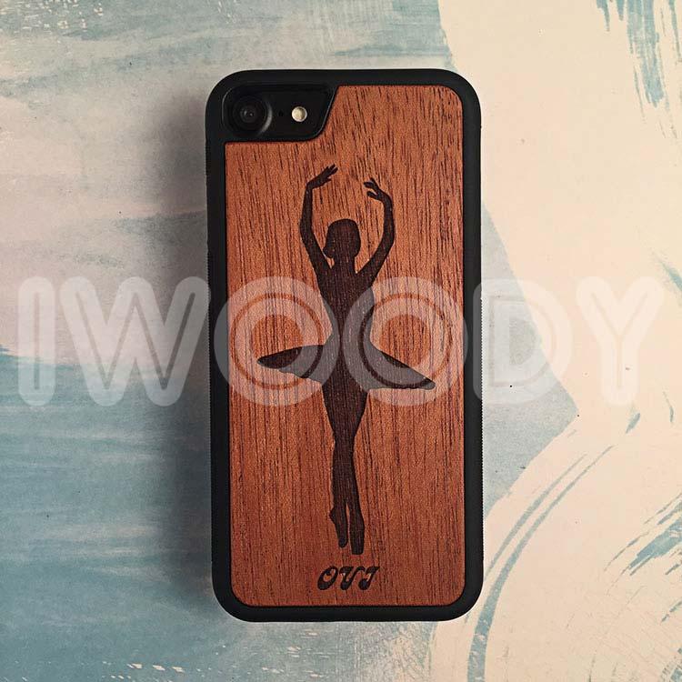 "Чехол серии ""Touch"" на iPhone 7 с гравировкой на махагоне 1.5мм"
