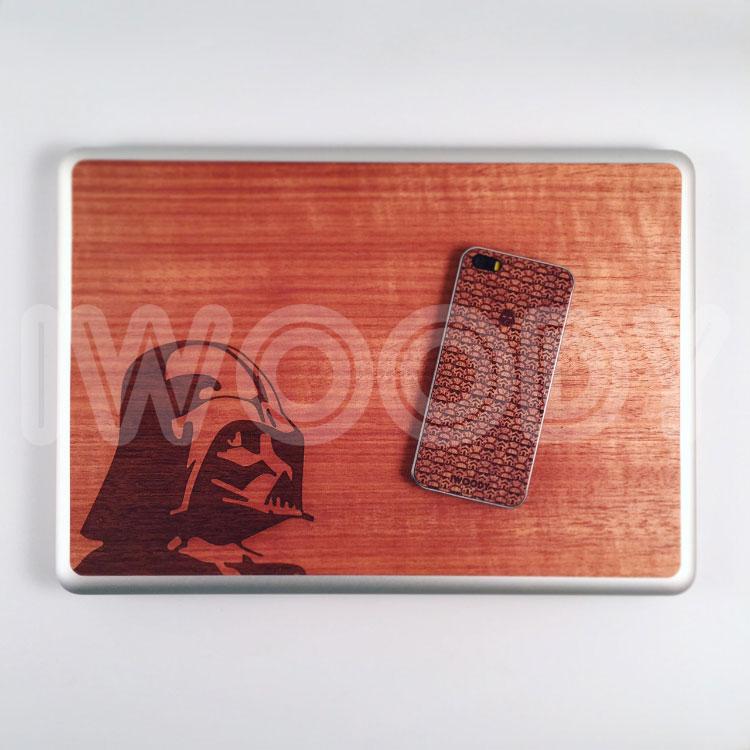 Деревянная накладка на MacBook и iPhone с гравировкой на дереве макоре