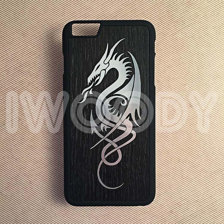 """Чехол серии """"Touch"""" на iPhone 6 Plus с инкрустацией серебристого дракона в мореный дуб"""