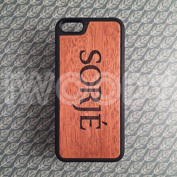 "Чехол серии ""Deep"" на iPhone 5/5s и SE с гравировкой на махагоне 1.5мм"