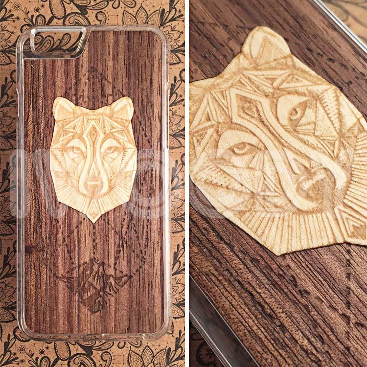 """Чехол серии """"Soft"""" на iPhone 6/6s с инкрустацией волка из клена в натуральный орех"""